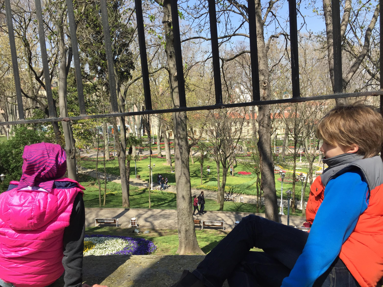 Blick auf den Gülhanepark