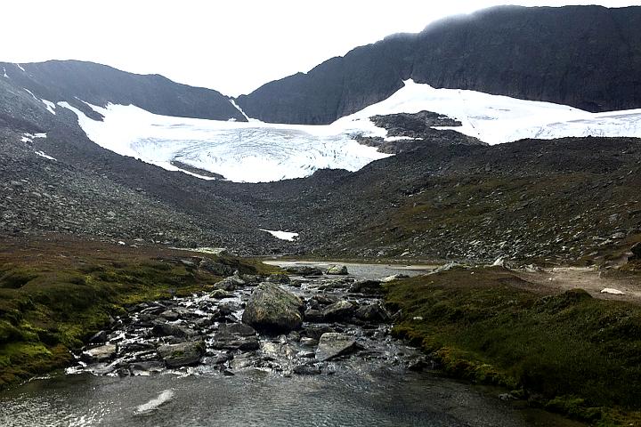 58 Grad Nord - Gipfelbesteigung mit Kind - Helgas - Schwedens südlichster Gletscher
