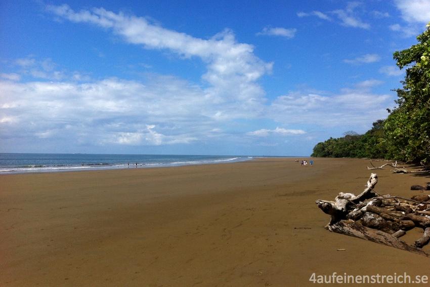Große, leere Strände an der Pazifikküste