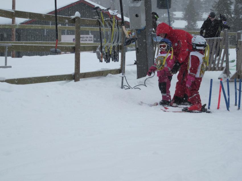 Skischule in Sälen - auch Liftfahren muss erstmal gelernt sein