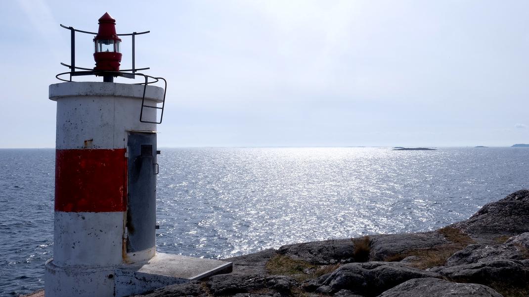 Die schwedische Ostküste bei 58. nördlicher Breite