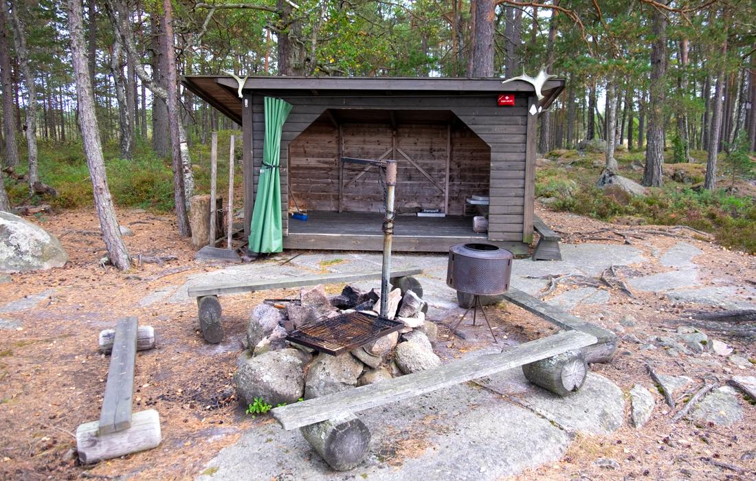 58GradNord Tiveden Nationalpark - 58GradNord Tiveden Nationalpark - Naturreserverat Vargaviddarna Rastplatz