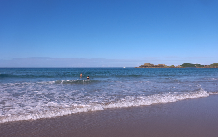 58 Grad Nord - Familienauszeit Neuseeland - Whangarei Heads - Ocean Beach
