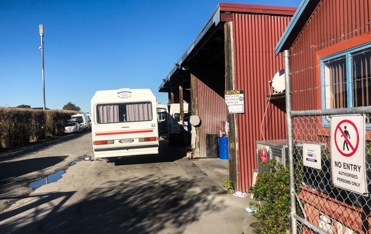 58 Grad Nord - Neuseeland im Herbst - Camper reparieren