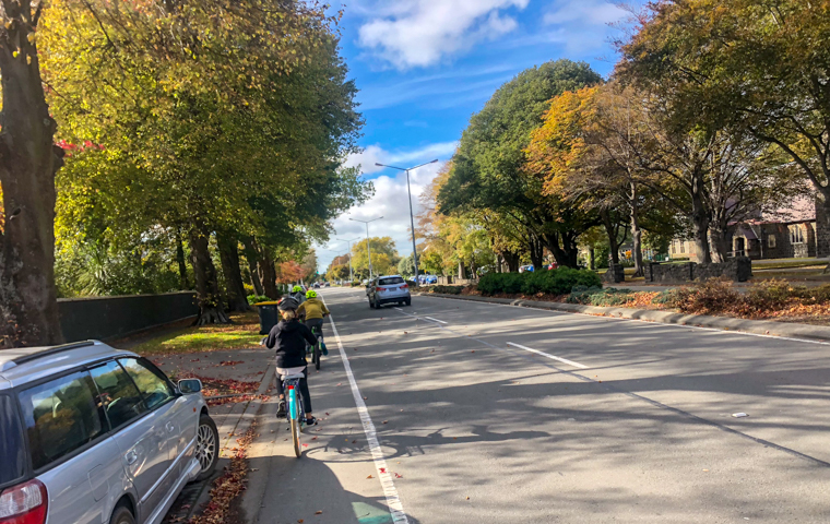 58 Grad Nord - Christchurch mit Kindern - Links Fahrrad fahren