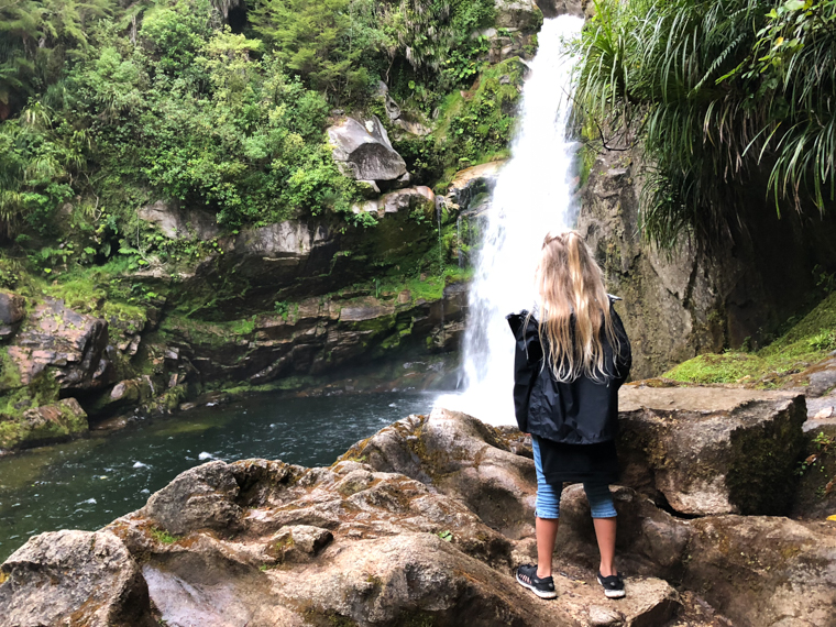 rad Nord - Neuseeland - Golden & Tasman Bay - Wainui Falls 2017