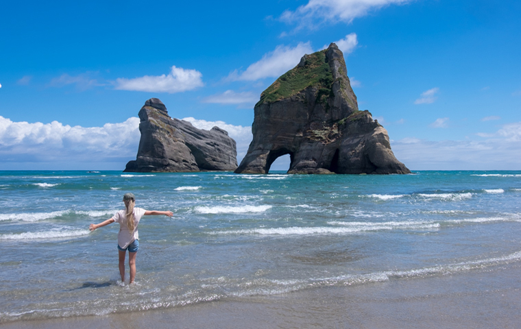 rad Nord - Neuseeland - Golden & Tasman Bay - Wharariki Beach - Archway Islands