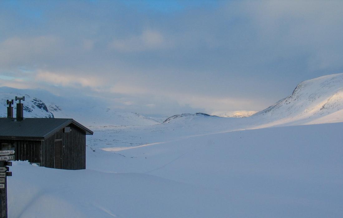 58 Grad Nord -Skiwandern mit Kindern in Lappland - Tjäkta